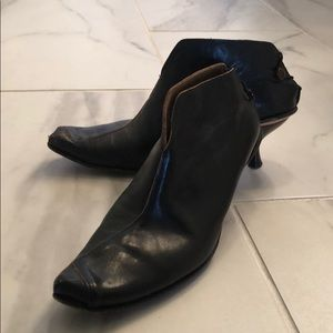 Cydwoq ankle boots